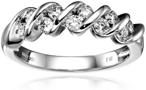 5 Best Women's Anniversary Rings Reviews
