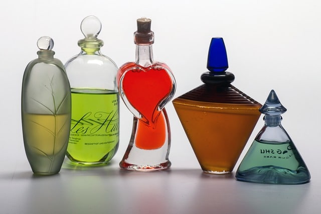 15 Best French Perfume Brands, You Must Love